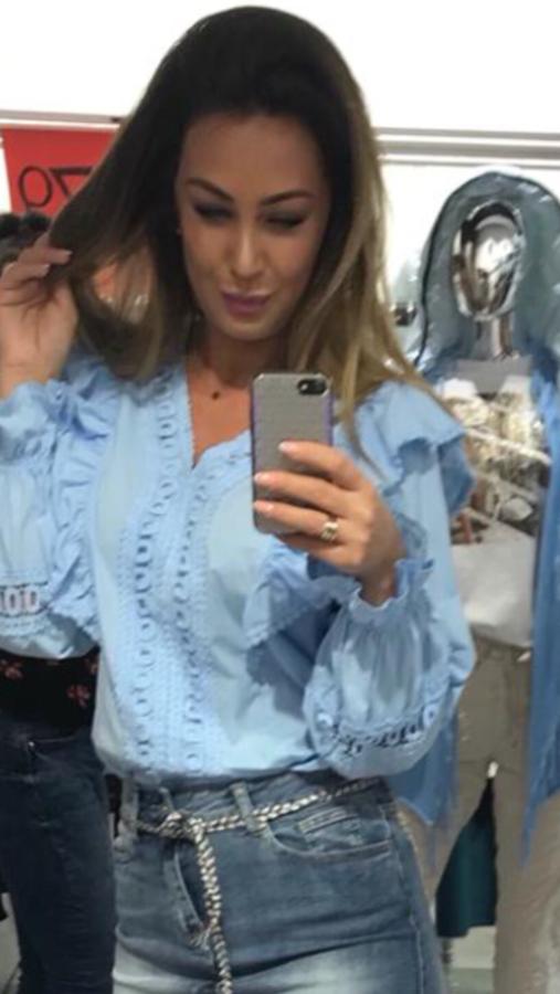 Bluzka niebieska koszulowa z żabotem M/L