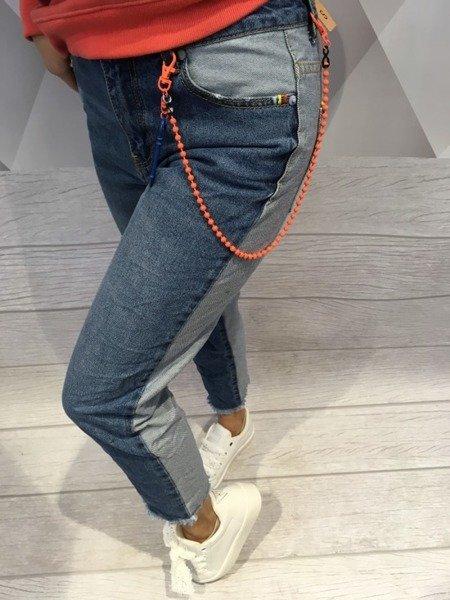 Jeansy z łańcuszkiem