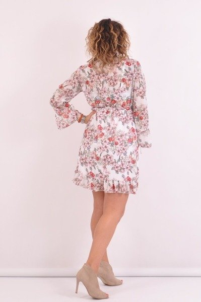 Sukienka w różowe kwiaty z falbaną