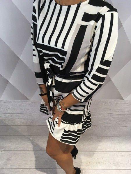 Sukienka wzory beż
