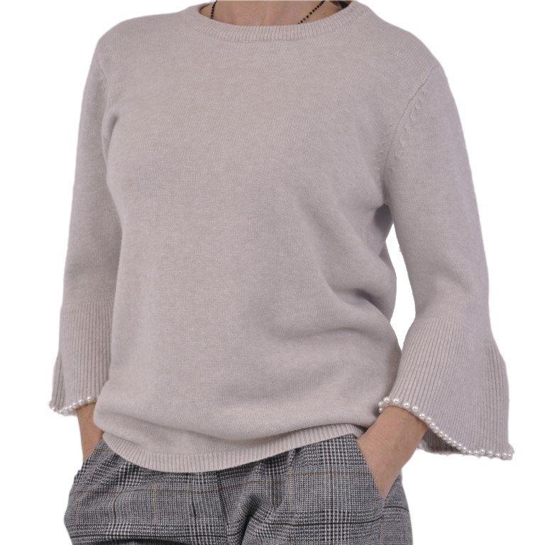 Sweter z perłami